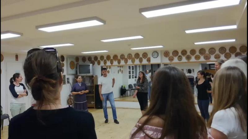 Táncház (Эктон корка/Дом танца).Lakitelek