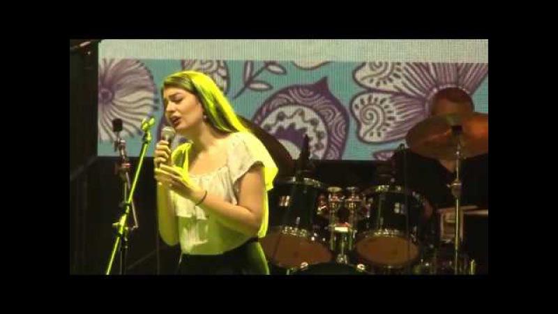 Danica Krstic - Sestra brata kani na večera (live)