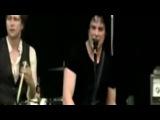 The Raconteurs - Blue Veins (Live Bonnaroo 2008)