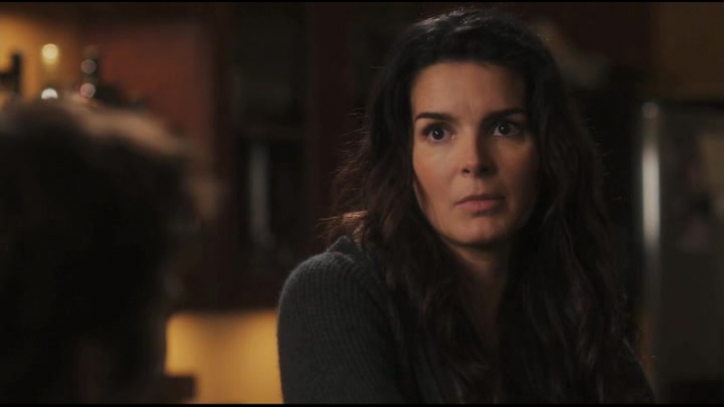 Rizzoli.and.Isles.s01e01.web-dlrip.casstudio.tv