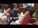 Золотой Батон: Андрія Лозового заставили молитися