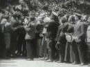 Керенского качают, поздравляя с успешным Июньским наступлением 1917 г.
