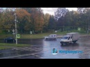 ЭКСКЛЮЗИВ видео веб-камеры момента, как автоледи таранит грузовик в Кингисеппе. KINGISEPP