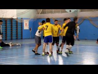 футбол. краткая версия