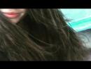 губы, нос и волосы счастливой девушки