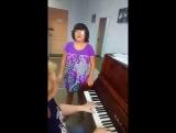урок вокала разогревается Настя Кирпун