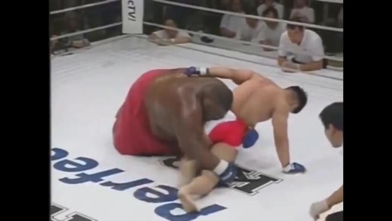 SUMO 285KG vs MMA 71KG Fighting / СУМО 285КГ vs ММА 71КГ БОЙ / SUMO emmanuel yarborough vs MMA