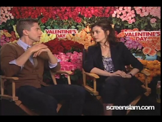 Valentines Day- Anne Hathaway and Topher Grace Interview