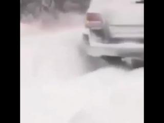 На Lexus LX570 по сугробам
