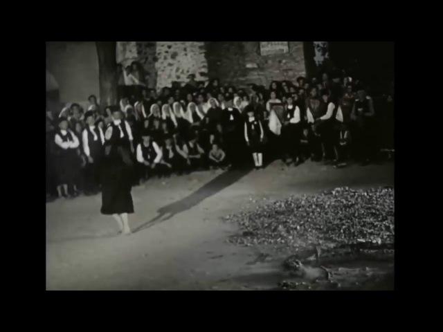 Архивни кадри от нестинарски танци в село Българи преди 50 години