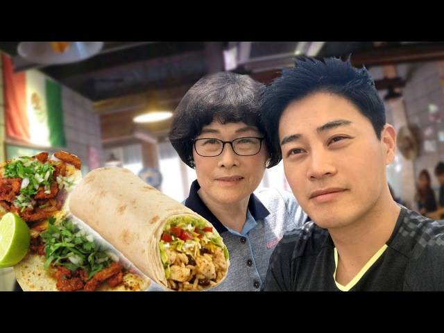 Mi mamá de 70 años probando Comida Mexicana por 1ra vez | Señora Coreana