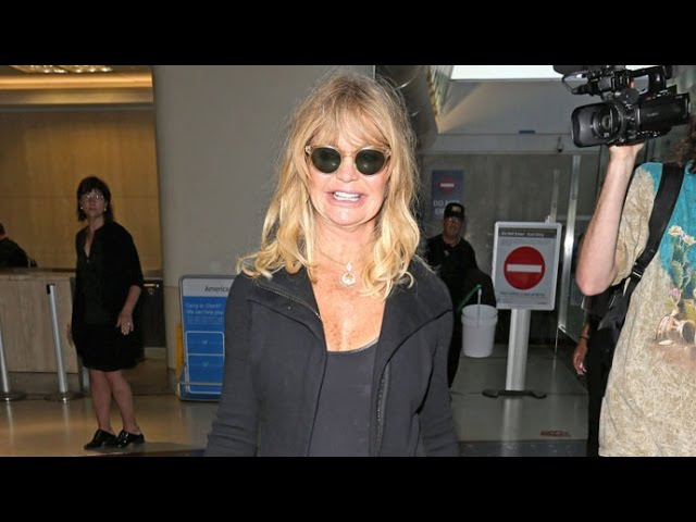 Goldie Hawn Flashes A Smile At LAX When Asked About Amy Schumer's Father Crying Upon Meeting Her