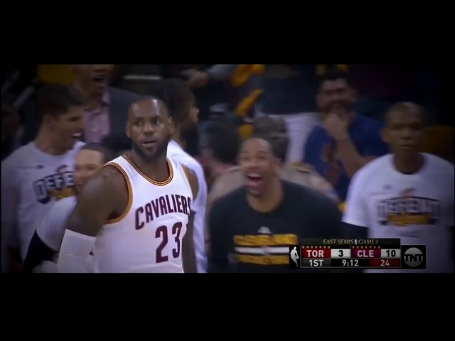 Lebron James dunk vs Viktor Frank dunk .