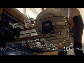 Посудомоечная машина Comfort Lift с подъёмным механизмом Electrolux