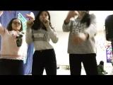 Айнура ,Диана и Анджела :шевели своим туловищем