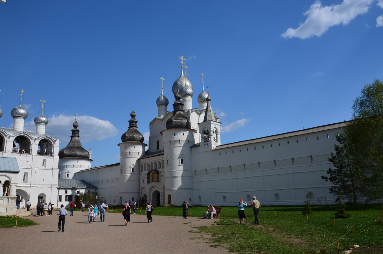 88W1B20p8rU Ростов Великий один из древнейших городов России.