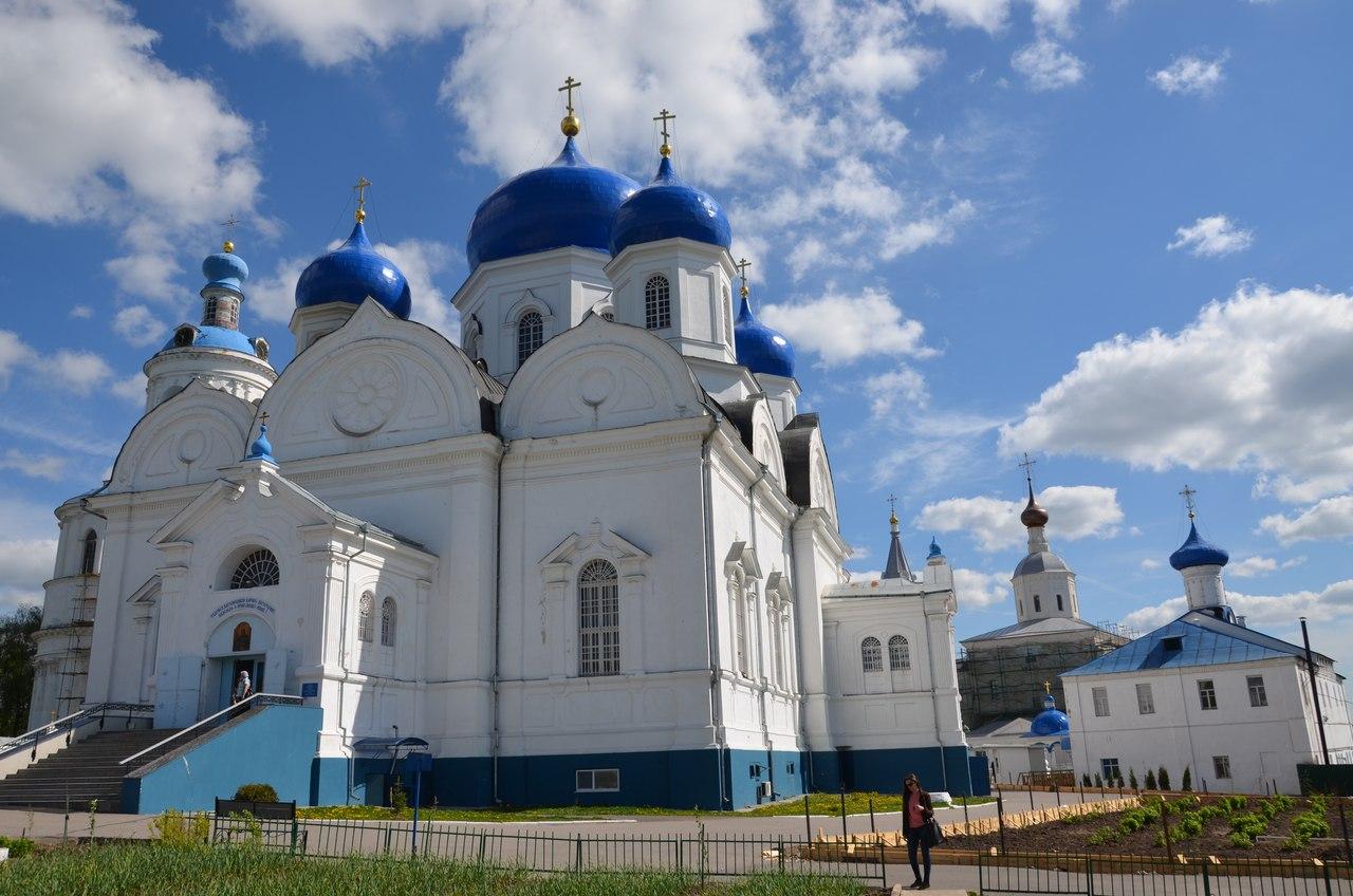 rS8LZy_coek Боголюбово монастырь и Храм Покрова на Нерли.