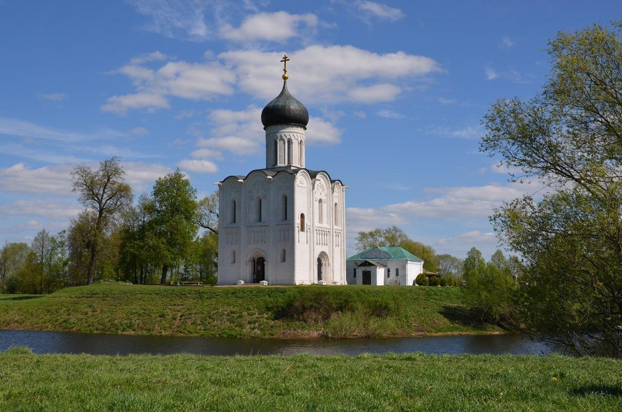 0BxoKhlrt3A Боголюбово монастырь и Храм Покрова на Нерли.