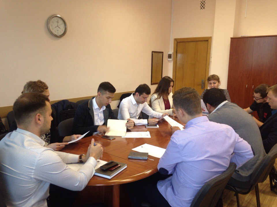 В регионе обсуждаются вопросы развития молодежного парламентского движения
