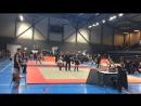 Krasivaya poneda v chetvert' finale na championate Francii Ug po kickboxingu Adam vibil v 1 4 finala Neslkolko preduprezjde