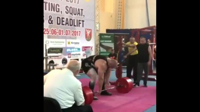Петр Петраш (Словения), становая тяга без экипировки - 400 кг на турнире в Польше 💪