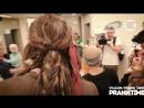 Джони Депп в образе Джека Воробья в детской больнице (6 sec)