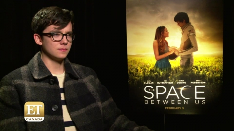 The Space Between Us Star Asa Butterfield Gives Good Face