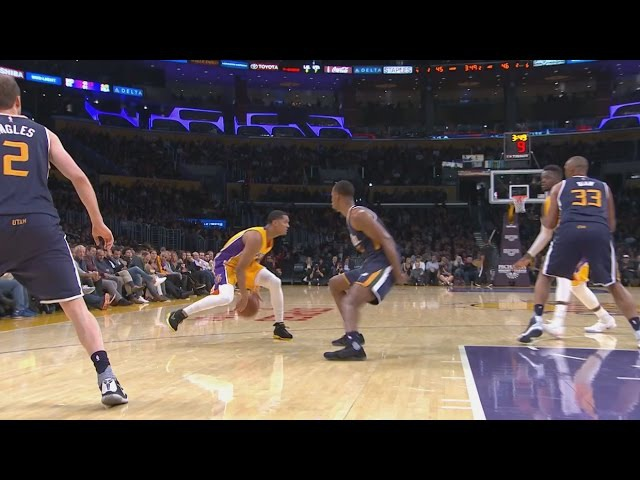 Jordan Clarkson Crosses Up Rodney Hood | Jazz vs Lakers | December 5, 2016 | 2016-17 NBA Season