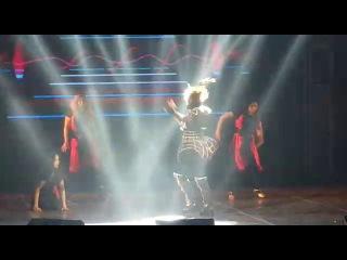Зажигательный танец якутской примадонны