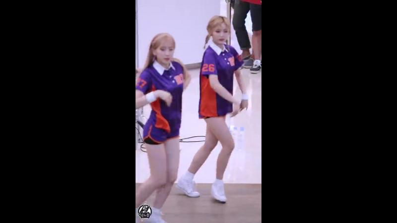 170618 우주소녀(WJSN,Cosmic Girls,宇宙少女)(선의)(XUAN YI) - 해피(HAPPY) @게릴라공연(코엑스 라이브플라자)