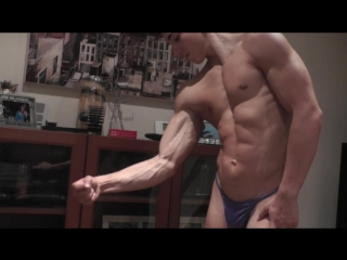 Teen Bodybuilder Kieran Flexing Muscles with Amazing Conditioning 4 Weeks Out (HD)