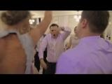 Как гости зажигают на свадьбе? Ведущий Станислав Максимов это знает!))