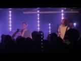 The Kaiser Chiefs perform Parachute Live