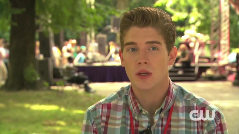 The Carrie Diaries 2x01 Brendan Dooling Interview Promo (Брендан Дулинг)