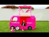 Мультфильм с куклой Барби. Пикник на природе - Барби и ее дочка отдыхают. Видео дл...