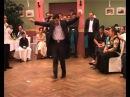 Цыган паказал как правильно надо танцевать