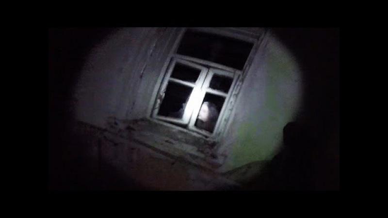 Мутанты Чернобыля напали на сталкеров Ночь в заброшенном селе в Чернобыле Зона ...