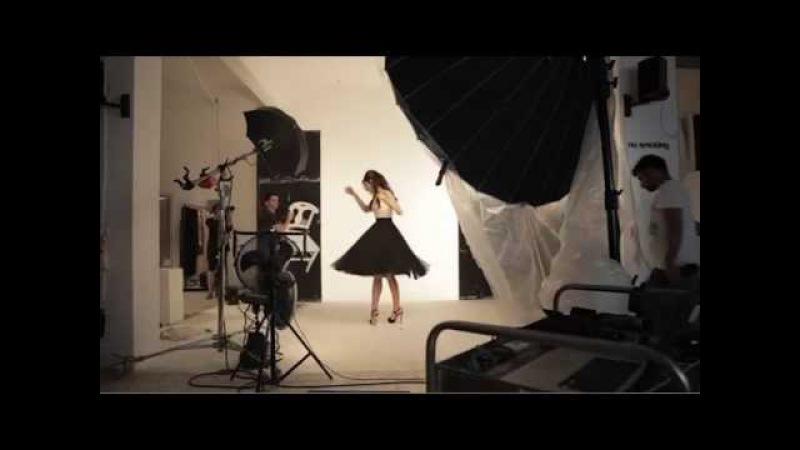 Bergüzar Korel'le Işıltılı Saç Modelleri 3 Romantik Dalgalar