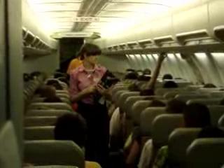 2008 - Я в салоне самолета пристегиваю пассажиров