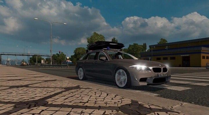 Автомобиль BMW M5 Touring v2.3