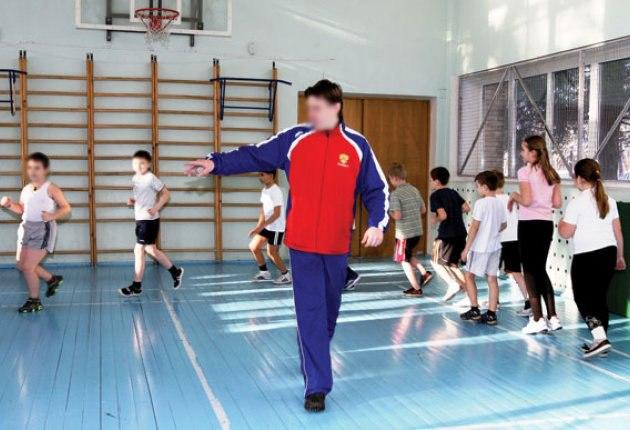 Наказан учитель физкультуры из Карачаевска, который не помог травмированному ученику