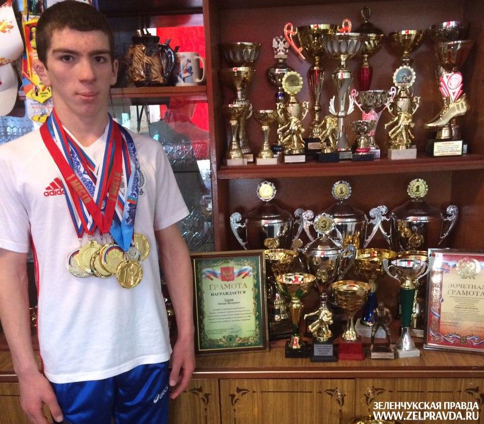 Спортсмен из Сторожевой попал в сборную России по вольной борьбе