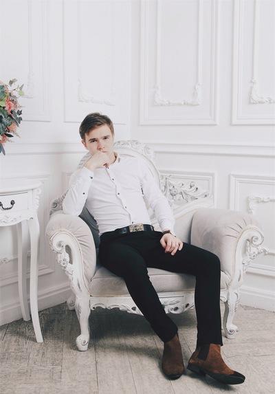 Артем Разинков