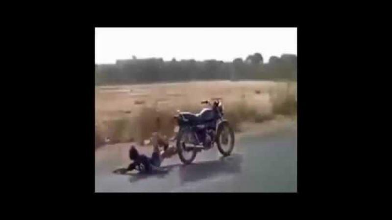 Приколы Неудачные трюки на мотоциклах