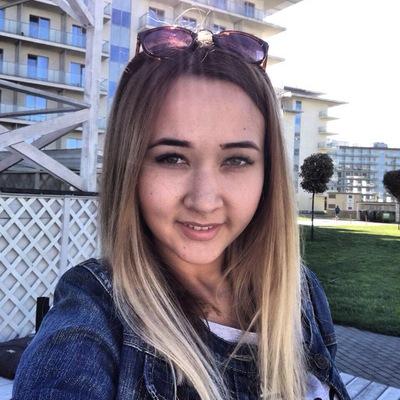 Елена Асанбаева