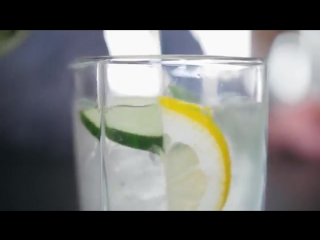 Вода Сасси . Напиток для стройного тела Лаборатория Workout