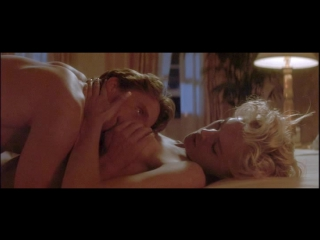 7. Sharon Stone  Michael Douglas - Basic Instinct