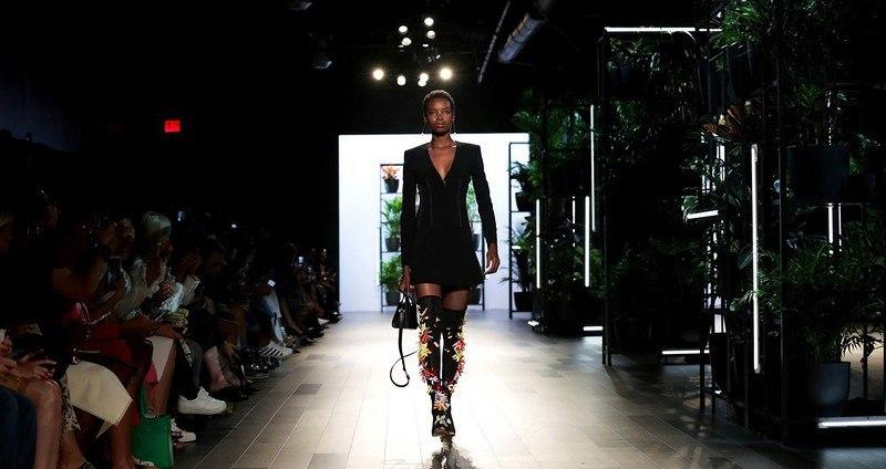 XTRJGGNxn8M - Неделя моды в Нью-Йорке - 2017