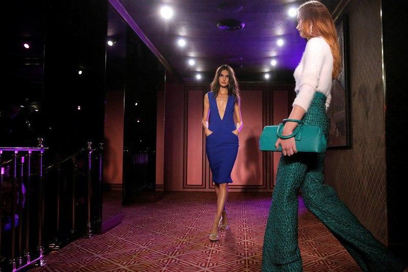 7DylkV9qYNI - Неделя моды в Нью-Йорке - 2017