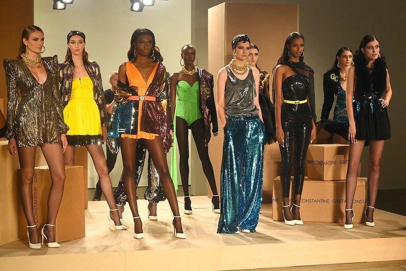 UFM2DZba77M - Неделя моды в Нью-Йорке - 2017